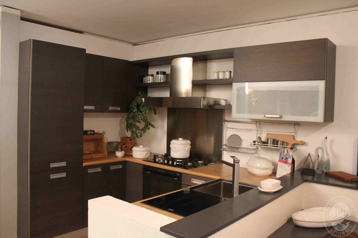 Rif 425 ZONA 6 QTA1 Cucina Expo componibile in rovere grigio mod ...