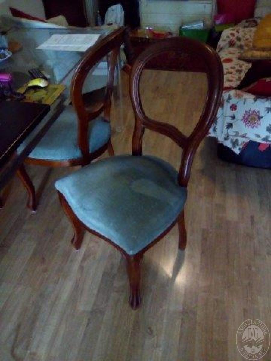 N 6 sedie in legno seduta in velluto verde for Sedie in velluto