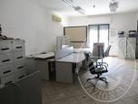Immagine di arredi ufficio e macchinari 4947