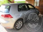 Immagine di IN PIOVE DI SACCO (PD) VIA CRISTO N.14/A: Autovettura Golf TD 1598 Diesel kw 77, targata EP di colore grigio chiaro, anno 2012, gomme al 50% di usura, km rilevati 100.019, in buone condizioni d'uso.