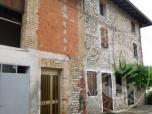 Immagine di Casa colonica con fabbricati annessi, orti e piccole pertinenze.