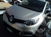 Nr. 1  Autovettura RENAULT CAPTUR targata FG 572 YV