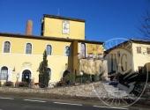 Hotel in CASTELNUOVO BERARDENGA for sale