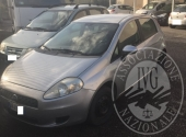 AUTOVETTURA FIAT GRANDE PUNTO TARGATA DH41... (BENE C/O SEDE I.V.G.)