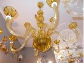 Immagine di arredi negozio e lampadari 21557