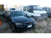 BMW 320D TG. CY 240 XA, ANNO 2006, GASOLIO, CC 1995, KW 120, KM 185.000 CIRCA, SPROVVISTA DI DOCUMENTI